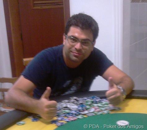 Alan, vencedor da 1ª etapa do poker dos amigos